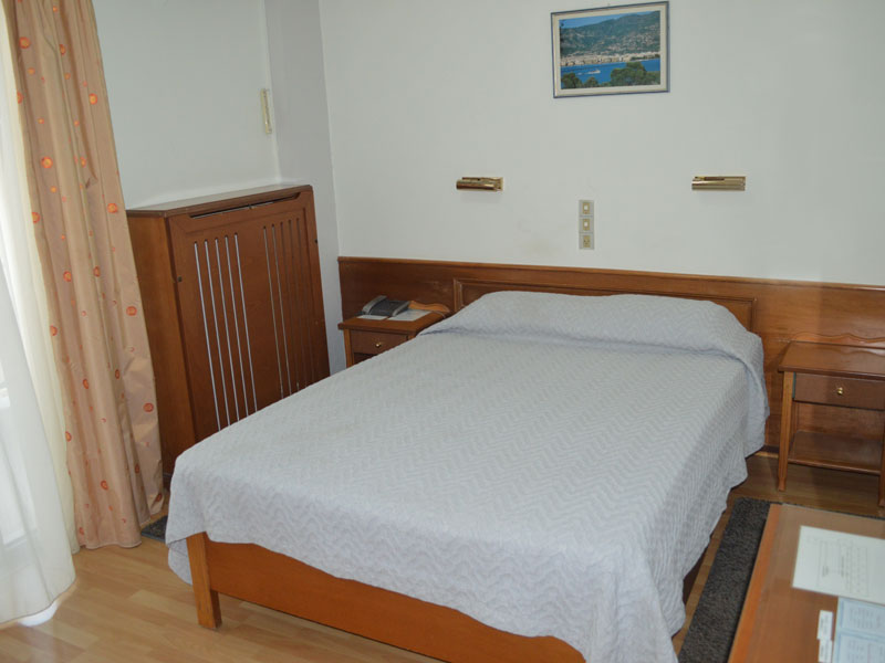 Single/Small Double Room
